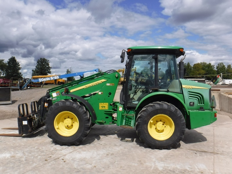 John Deere 3800 | Forklift | Pre-Owned Machines | AIS Equipment